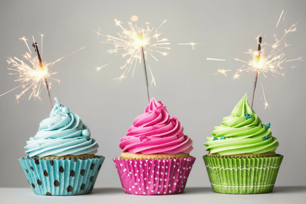 10-Simple-Ideas-to-Celebrate-Your-Employee-Birthdays-paper-direct