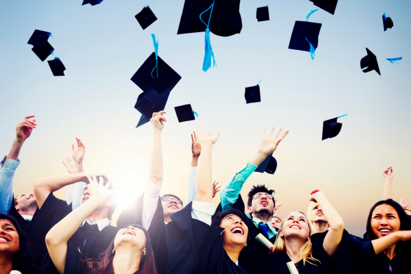 what-to-include-graduation-program-paperdirect