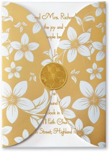 Floral Vine Rounded Gatefold Pocket Invitations